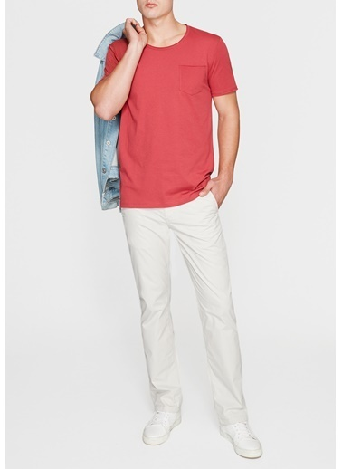 Mavi Tişört Kırmızı
